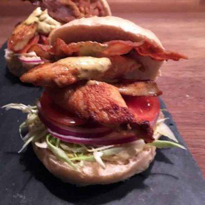 Opskrift: Club Sandwich / Kyllingeburger