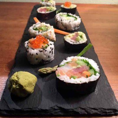 Opskrift: Smagfuldt fyld til makiruller (sushi)