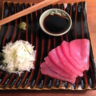 Opskrift: Lynhurtig sashimi af tun
