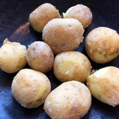 Opskrift: Saltbagte kartofler i gryde