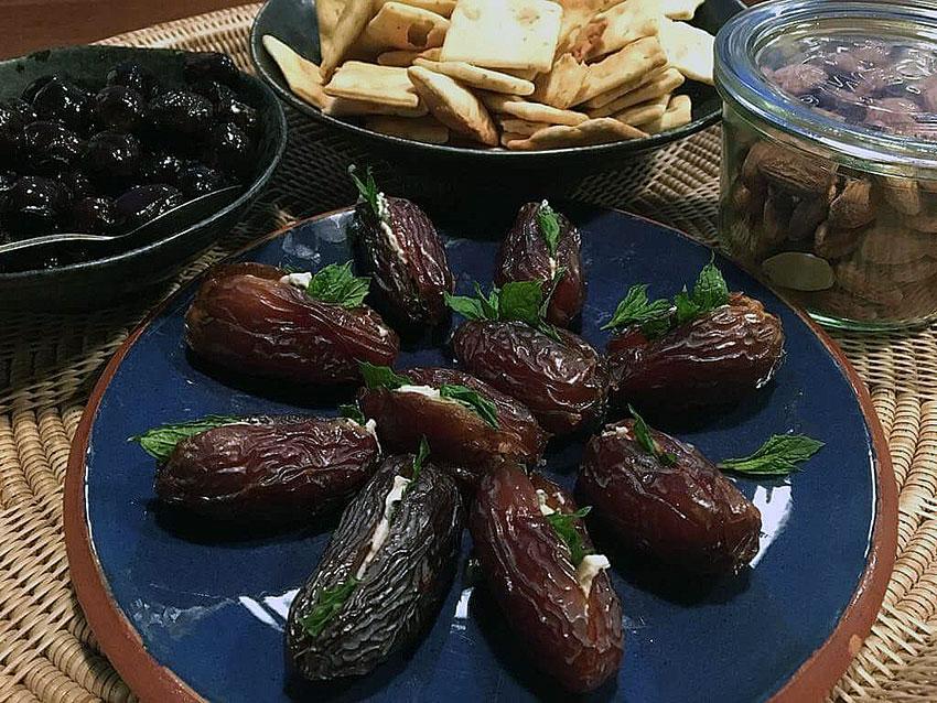 Opskrift: Dadler med blå ost