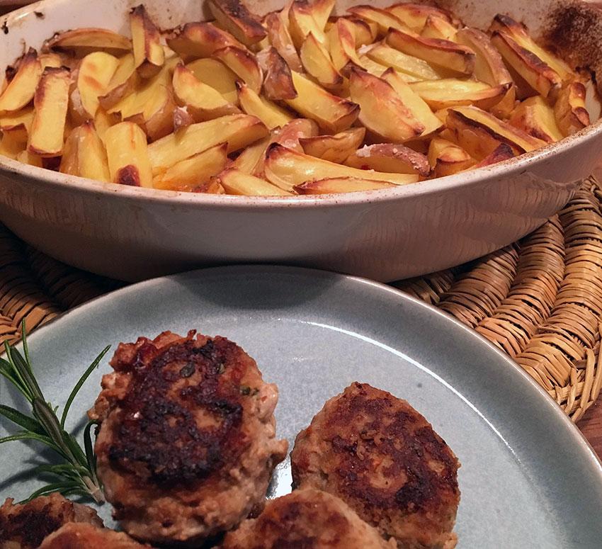 """Opskrift: Sprøde ovnkartofler """"Italiano"""""""