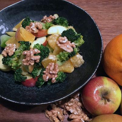 Opskrift: Vegansk broccolisalat