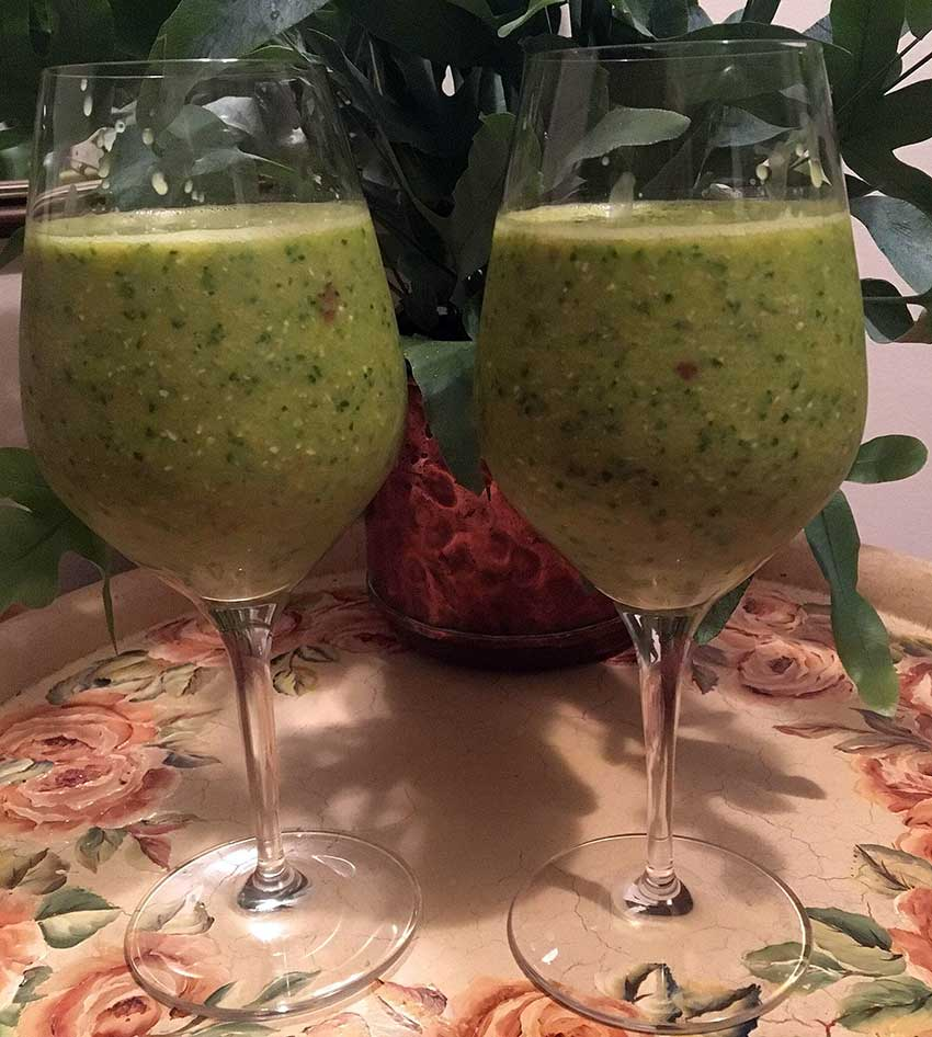 Opskrift: Grønkålssmoothie – en vegansk vitaminbombe