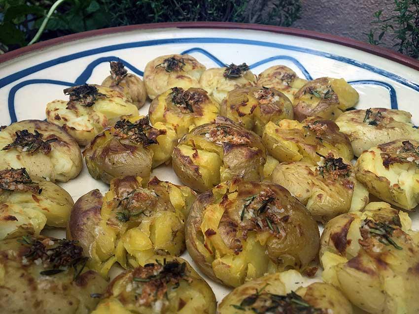 Opskrift: Knuste kartofler – smashed potatoes