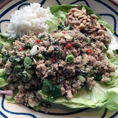 Opskrift: Spicy thai salat med svinekød - larb moo