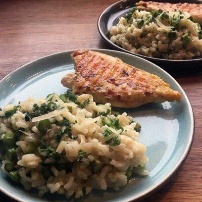 Opskrift: Nem risotto med asparges og mynte