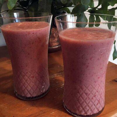 Opskrift: Sund jordbær milkshake