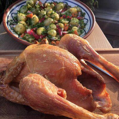 Opskrift: Perfekt hel kylling på grill
