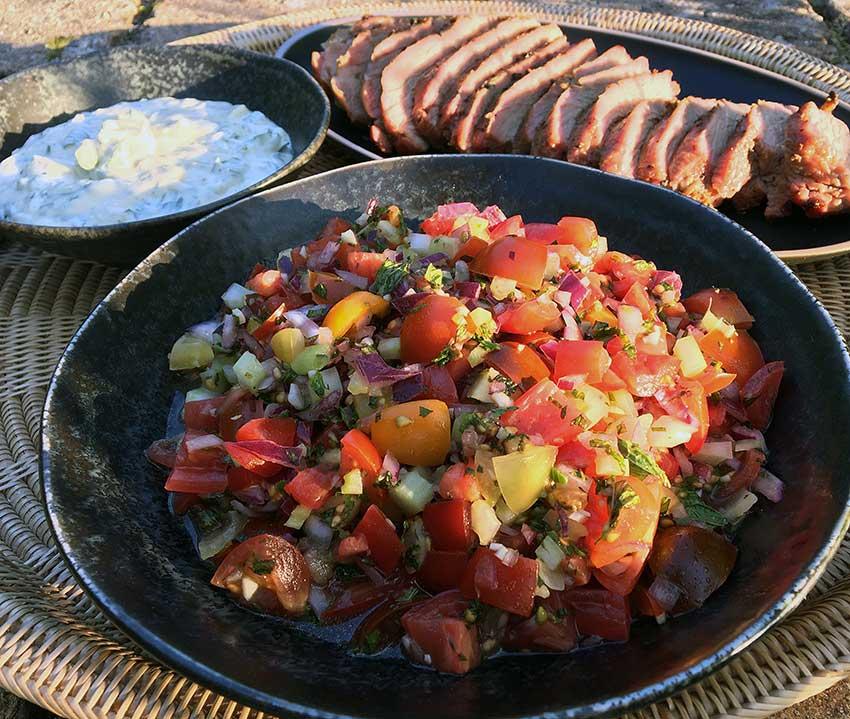 Opskrift: Hjemmelavet Sydamerikansk tomatsalsa (salsa criolla)