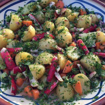 Opskrift: Hjemmelavet kartoffelsalat (vegetarisk)