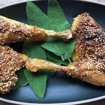 Opskrift: Langtidsstegte kyllingelår i ovn
