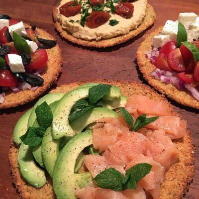 Opskrift: Sprød falafelpizza
