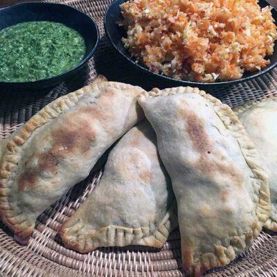 Opskrift: Vegetariske empanadas med kartoffel og porre