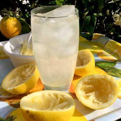 Opskrift: 1,5 liter hjemmelavet lemonade på 10 minutter