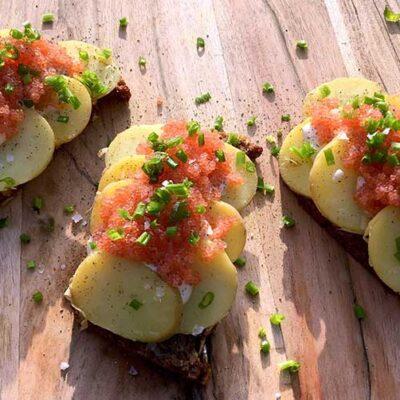 Opskrift: Kartoffelmad med stenbiderrogn