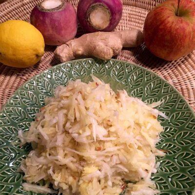 Opskrift: Råkost med majroer og æbler