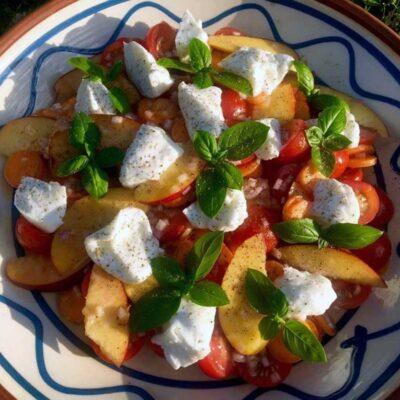 Opskrift: Sommerens skønneste grillsalat