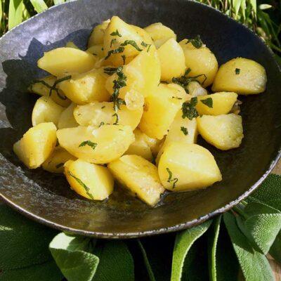 Opskrift: Nye kartofler på italiensk