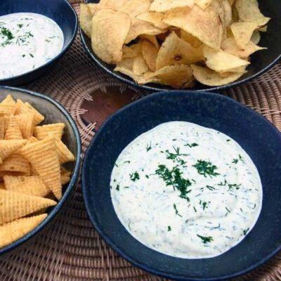 Opskrift: Hjemmelavet dilddip til chips