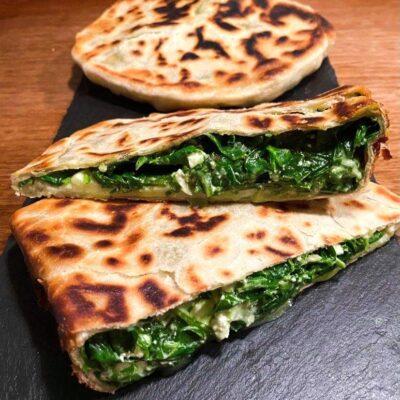 Gözleme-tyrkisk-fladbroed-med-spinat-og-feta