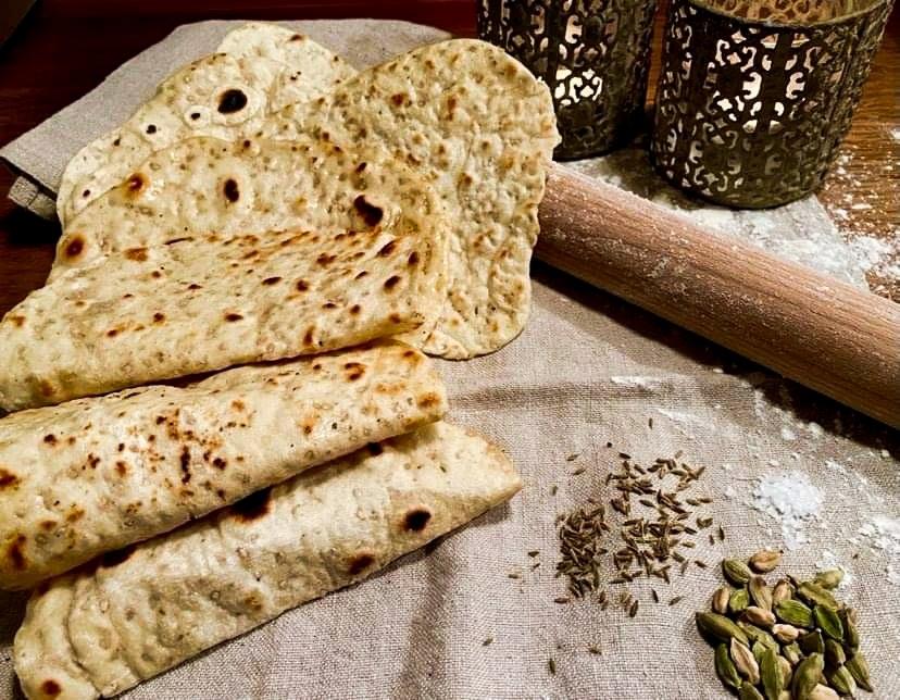 Opskrift: Letkrydrede persiske fladbrød på pande