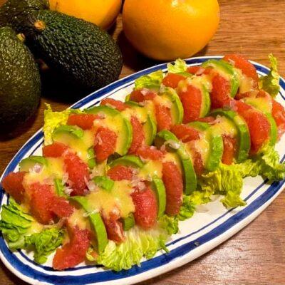 Avocadosalat-med-grapefrugt