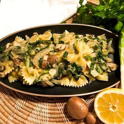 Pasta-med-soelbede-champignon-og-citronsovs