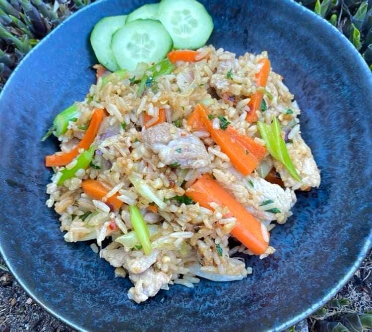 Opskrift: Stegte ris med svinekød – khao pad moo