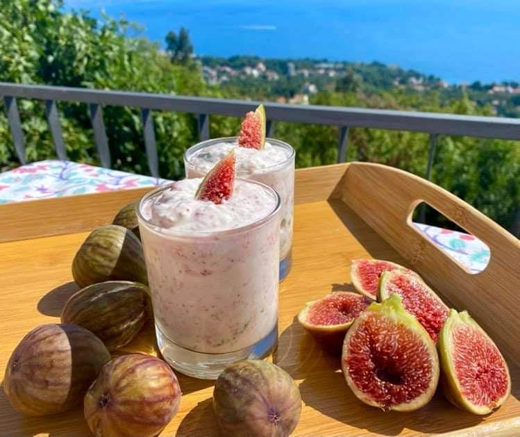 Opskrift: Hjemmelavet figenyoghurt på 10 minutter